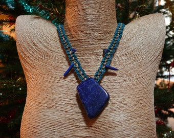 Lapis lazuli - Pierre breakthrough - macrame necklace