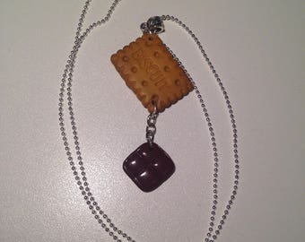 "Fimo necklace ""his little square of chocolate and biscuit"""