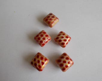1 set of 5 diamond acrylic beads