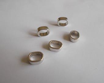 1 set of 5 silver metal sliding beads