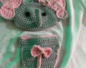 Crochet elephant trunk up