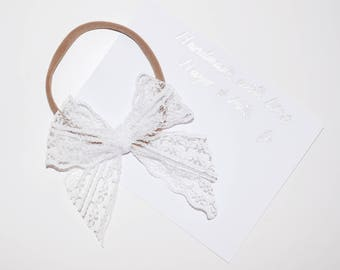 The 'Lacey' bow
