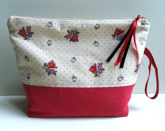 Toiletry bag. Upcycling. Red denim. Vintage beige pattern Tulip cotton.