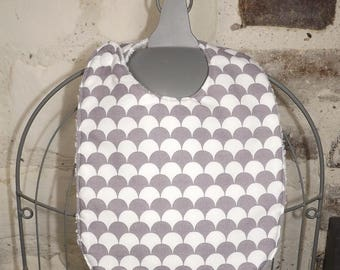 Adjustable 0/6 month baby bib