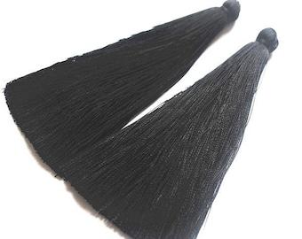 set of 2 tassels, nylon, black