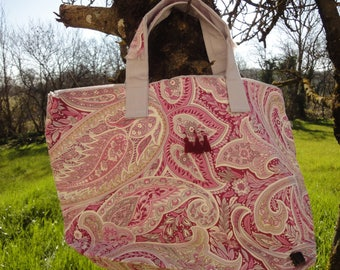 large tote bag and its cashmere pink