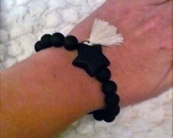 BRACELET, BEADS AND WOODEN STAR
