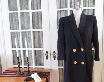 Hanna Collection Coat with Wooden Buttons