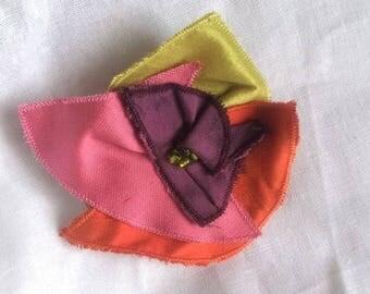 Multicolor silk textile and pearls brooch