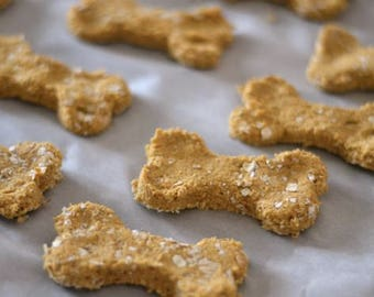 Gluten-free Pumpkin Oat Apple Homemade Dog Treats