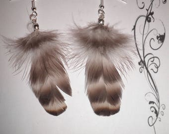 00540 - Striped white fluffy feathers off Brown earrings