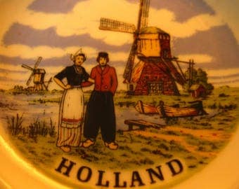 Vintage Ceramic Porcelain Holland Ashtray/ Made in Enter, Holland/ Delft/ Blauw/ Hand Decorated/ 1960's/ European Decor/ Travel Collectible