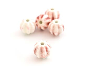 1 large White Pearl and Red Rose porcelain 12mm