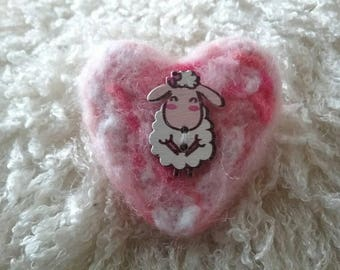 Needle felt heart brooch