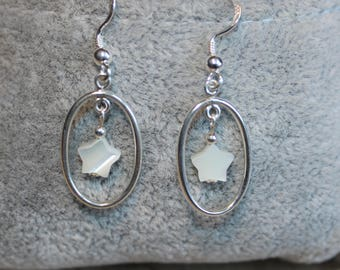 Silver 925/1000 and mother of pearl earrings