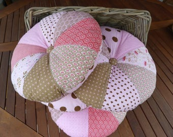 Cushions round patchwork pink set of four