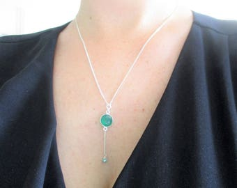 Chain necklace - 925 sterling silver and set with green agate stone.