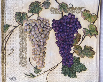 napkin with white and red grapes