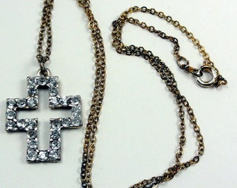 "Lovely Rhinestone or Crystal Cut-Out Cross Pendant Necklace Gold Tone Chain 17"" ET8028"