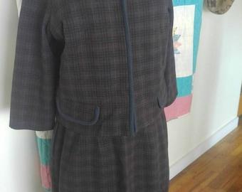 Vintage wool Dorchester women's suit 1960's size 16