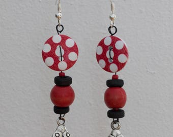 Ladybug - beads and button earrings