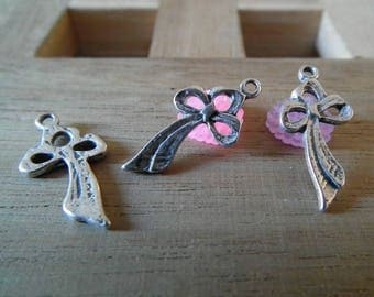 X 20 PCs 21mm Silver Bow charms