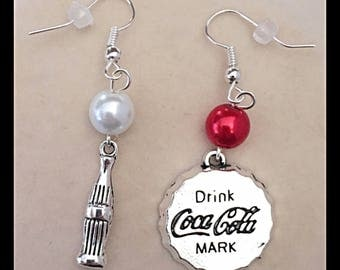 "Mismatched earrings ""soda bottle and capsule"""