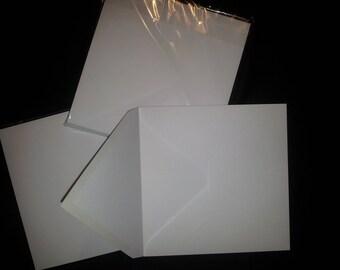 Enveloppe blanche carrée 165 x 165 mm