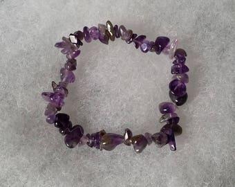 Gemstones: Amethyst chips elastic bracelet