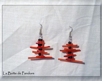 Red and black fashion earrings