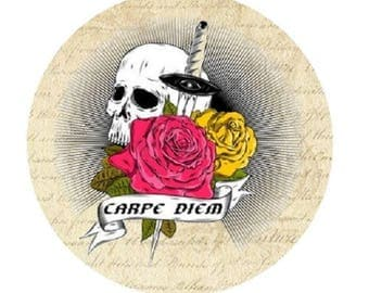 "pretty cabochon ""carpe diem"" skull, 20mm"