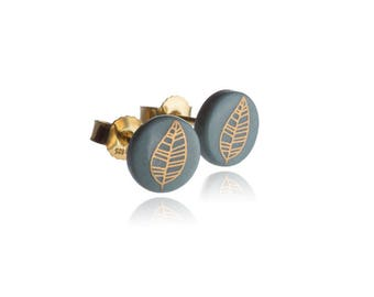 Earrings gold leaf on turquoise
