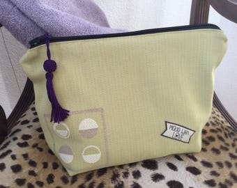 Travel bag, green hope Makeup