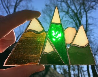 Mountain Range Ornament No.4
