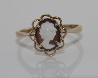 Cameo ring, vintage cameo ring, cameo gold ring, vintage cameo gold ring, vintage gold ring