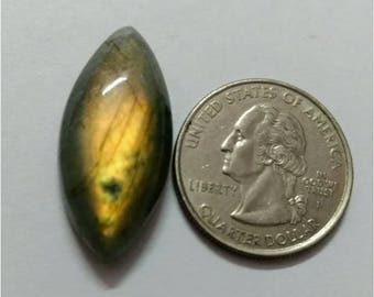 30.84 x 14.21 mm, Marquise Shape Labradorite Cabochon/Golden flaseh/Attractiv Labradorite/wire wrap stone/pendent size Labradorite/ Cabochon