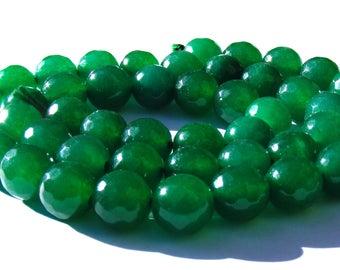 8 émeraudes à facettes de 8 mm perles pierre verte.
