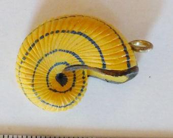 Yellow seashell resin 30 x 20mm