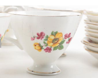 Crownford Teacups and Saucers