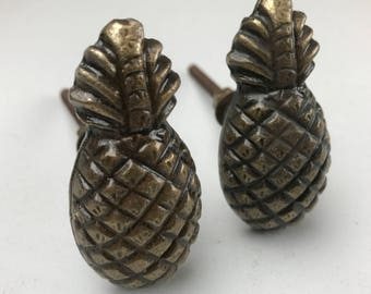 Set of 2 Metal Antique Bronze Coloured Pineapple Knobs