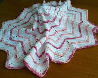 Delightful cotton blanket for new babies