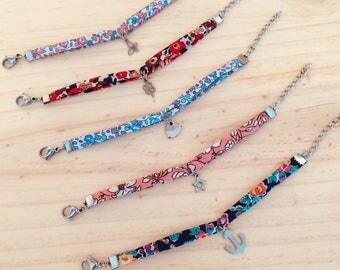 """Liberty of London"" bracelet with pendant"