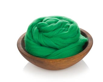 Green Wool Roving - 24 Microns Merino Wool Roving - Felting Wool Green - Wool for Spinning - Soft Wool Roving - High Quality Green Merino