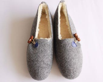 FELT felted wool slippers House shoes for women natural boots