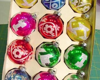 "SHINY BRITE Vintage 1950s Charming Set of 12 Christmas 2 1/4"" Ornaments, Glitter Stenciled Designs B"