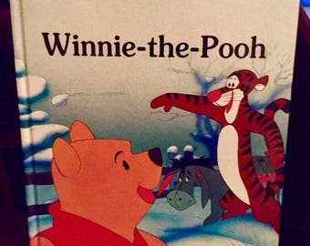Disney's WINNIE the POOH Book Oversize Hardcover 1986 *Mouse Works*