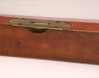Vintage 18-Inch Henry Disston & Sons, Keystone Tool Works, Philad'a USA Cherry Wood Level - Rare Find!