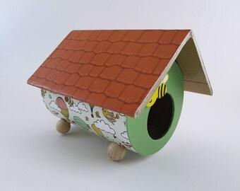 Nichoir décoratif en carton à poser sur le thème du ciel et du voyage pour chambre d'enfant - Exemplaire unique