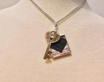 Steampunk, lolita, vintage look Key necklace