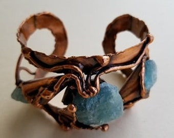 Copper Bracelet with Aquamarine